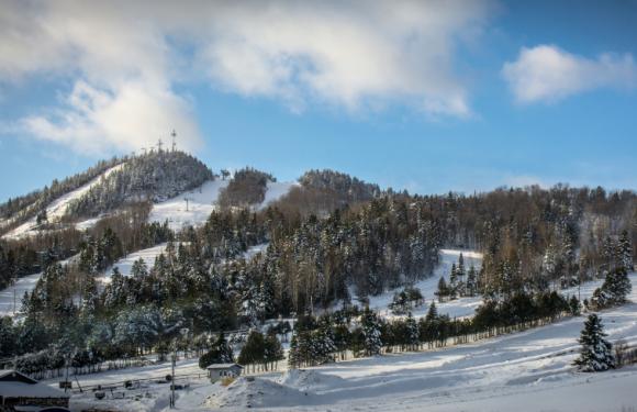 Mont Orignal : La glisse du village